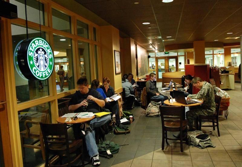 Отзывы бизнесменов о франшизе Starbucks.