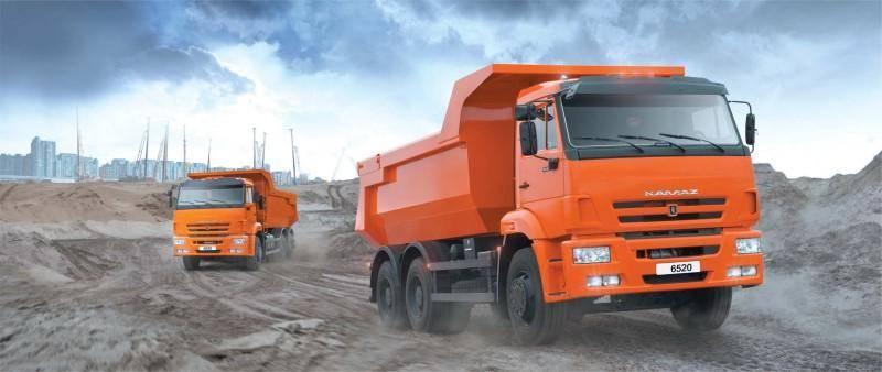 Основные разделы трудового договора с водителем грузовика.